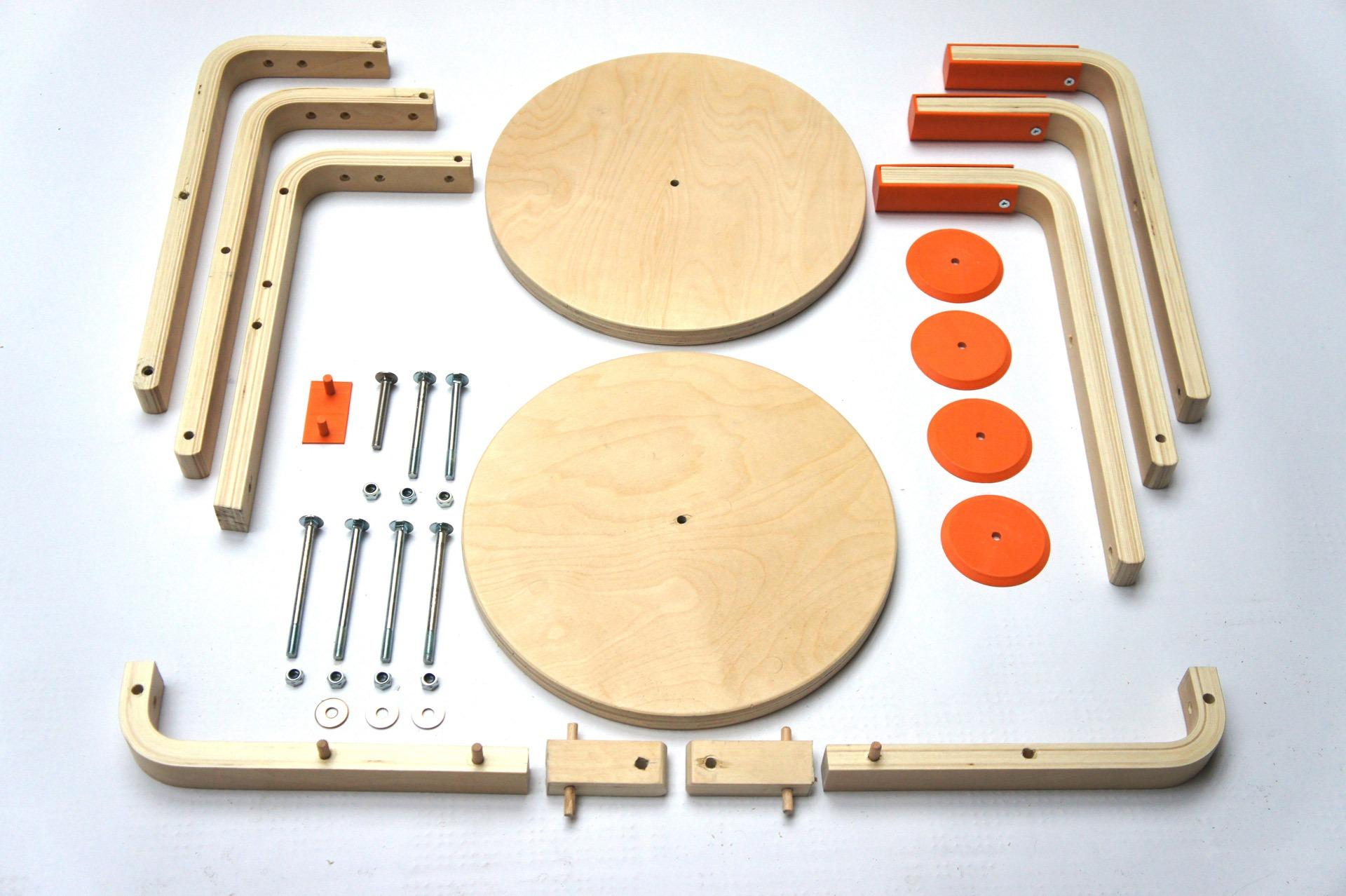 un tabouret ikea modifi pour construire un v lo. Black Bedroom Furniture Sets. Home Design Ideas