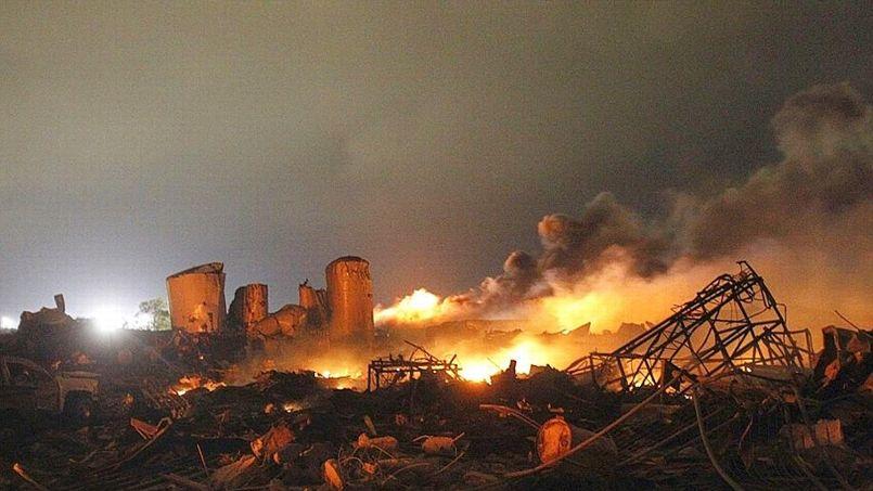 texas-explosion-2