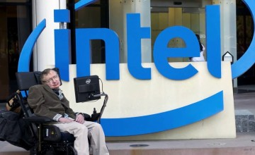 Stephen-Hawking-Talks-About-the-Linux-Based-Intel-Connected-Wheelchair-Project-458539-3