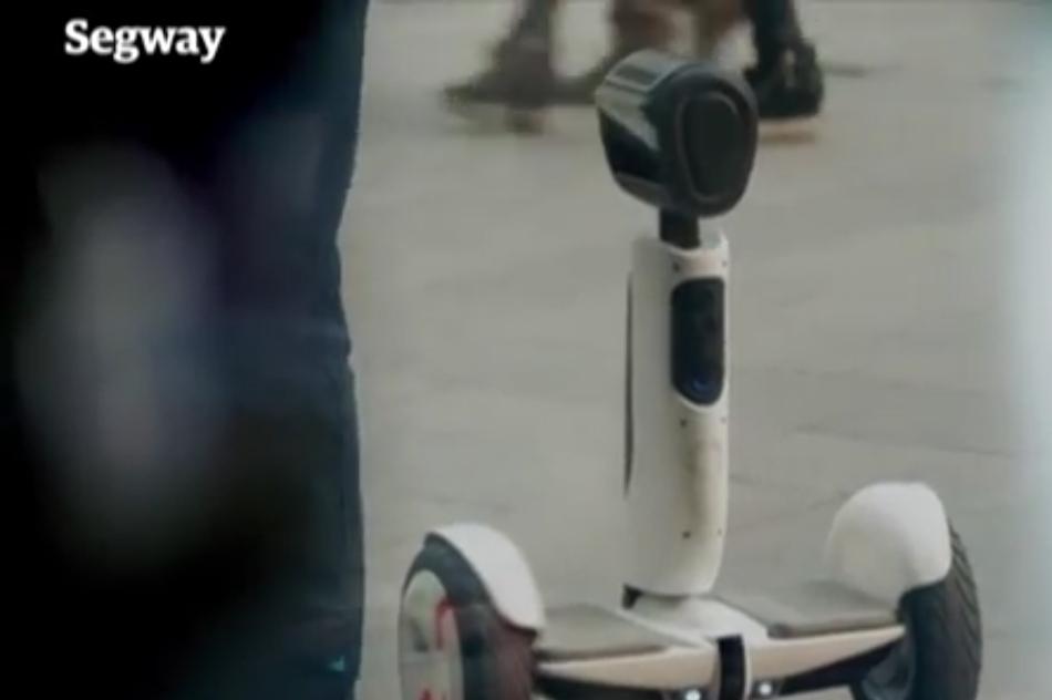 ces 2016 segway et intel pr sentent un hoverboard qui se transforme en robot gridam. Black Bedroom Furniture Sets. Home Design Ideas