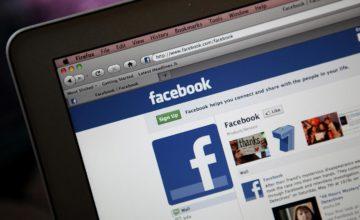 facebook-laptop