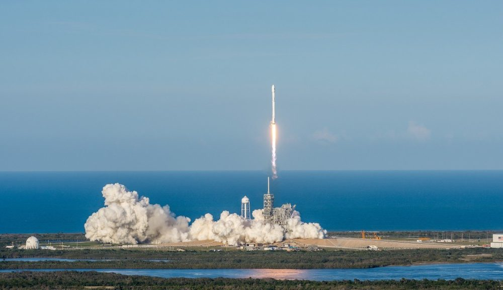 170330191954-spacex-ses-10-launch-liftoff