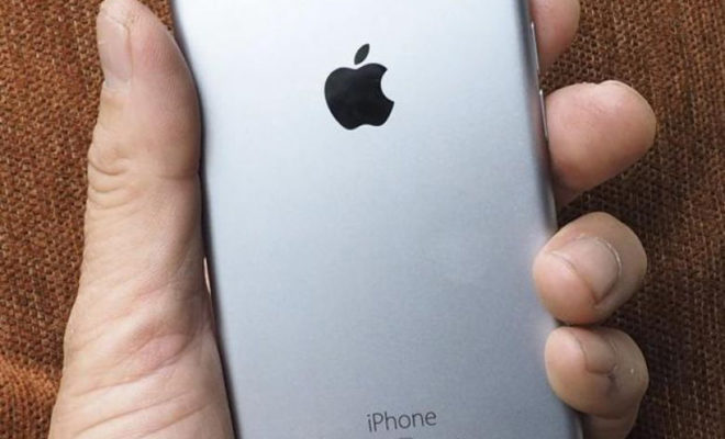 La France ouvre une enquête contre Apple