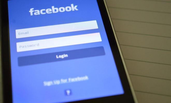Facebook aurait enregistré appels et SMS des utilisateurs sur certains smartphones