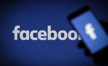 facebook logo smartphone