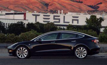 Tesla Model 3 Musk