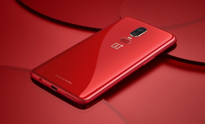 OnePlus 6 version rouge