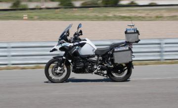 BMW moto autonome