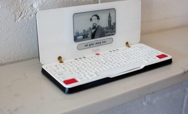 freewrite traveler une machine crire encre lectronique. Black Bedroom Furniture Sets. Home Design Ideas