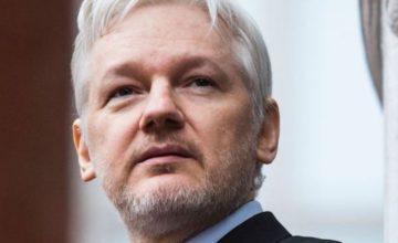 Le ministre britannique de l'Intérieur signe une ordonnance d'extradition aux États-Unis pour Julian Assange