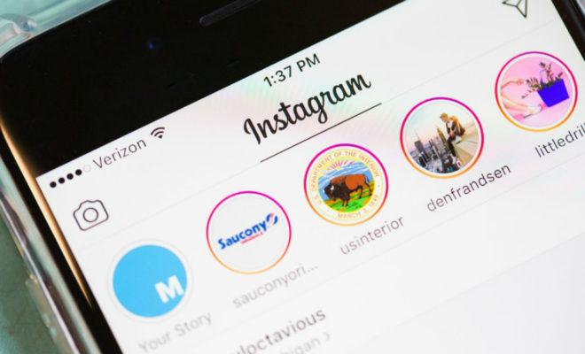 Instagram va commencer à mettre des publicités dans l'onglet Explorer