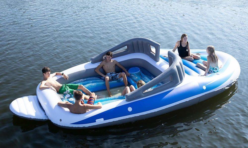 Amazon vend un bateau gonflable géant pouvant accueillir 6 personnes !