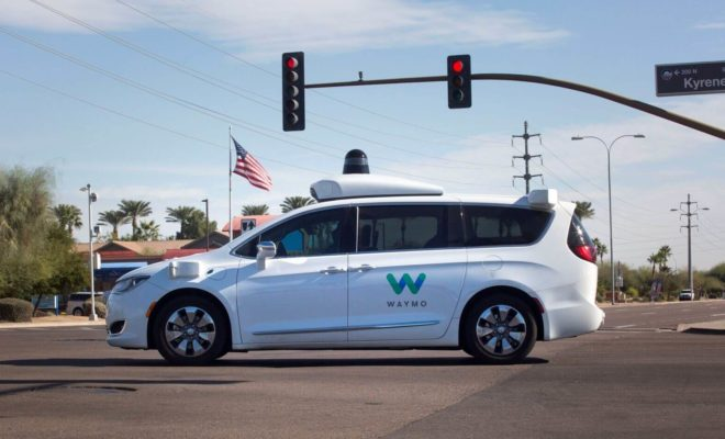 Waymo propose son service de taxi sans chauffeur de sécurité à Phoenix