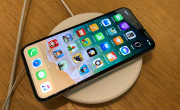 Apple pourrait lancer un iPhone sans connecteur Lightning en 2021