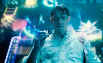 La saison 2 du thriller cyberpunk Altered Carbon sera diffusée le mois prochain sur Netflix