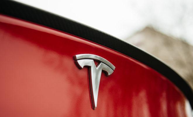 Tesla : l'Autopilot d'une Model S achetée d'occasion désactivé à distance