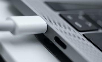 Charger un MacBook du mauvais côté peut entraîner une baisse des performances