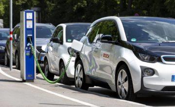 Une entreprise chinoise affirme que ses dernières batteries pour voitures électriques peuvent durer 16 ans