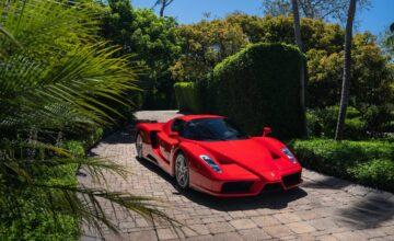 Une Ferrari Enzo établit le record de la voiture la plus chère jamais vendue aux enchères en ligne