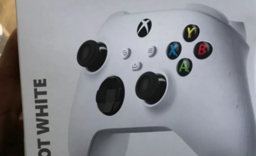 L'emballage d'une manette confirme la Xbox Series S