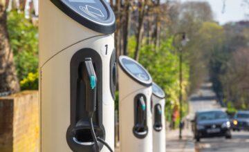 Les Pays-Bas ont le réseau de recharge de véhicules électriques ayant la croissance la plus rapide au monde