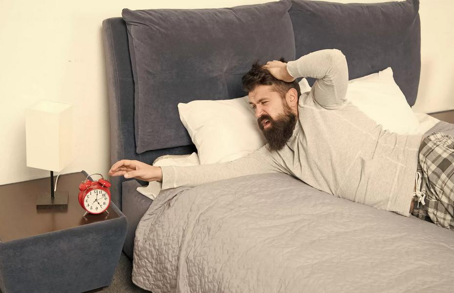 Le MIT a développé un système pour suivre la position d'une personne pendant le sommeil grâce aux ondes radio