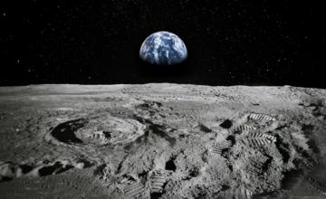 La NASA a trouvé de l'eau sur la surface ensoleillée de la Lune