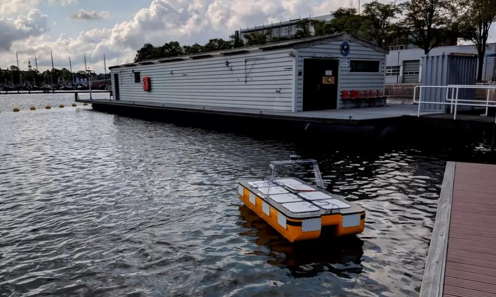 Des chercheurs du MIT testent un bateau autonome à Amsterdam