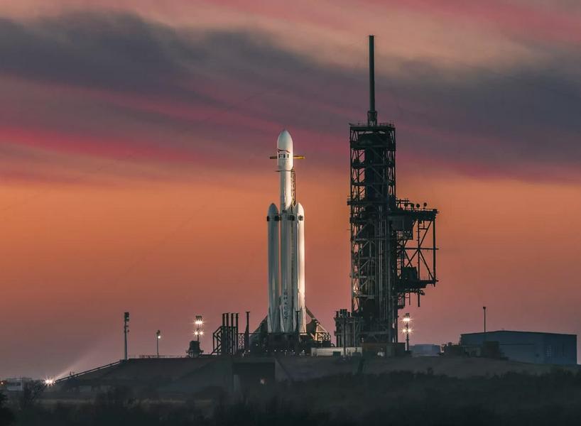 SpaceX développera des fusées ultra-rapides pour livrer des armes à l'armée américaine