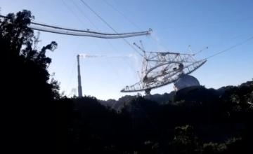Des images de drone montrent l'effondrement du Télescope d'Arecibo