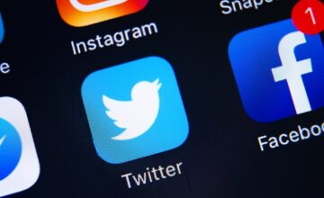 Twitter plancherait sur des réactions similaires à celles sur Facebook