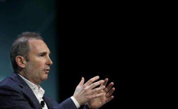 Andy Jassy succède officiellement à Jeff Bezos en tant que PDG d'Amazon