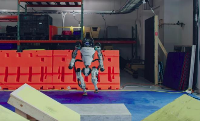 Les robots de Boston Dynamics maîtrisent l'art du parkour