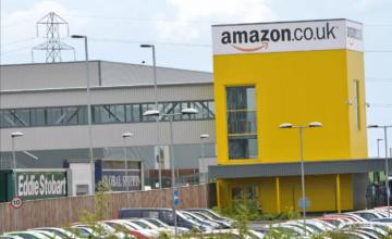 Amazon va vendre les articles retournés afin de réduire ses déchets