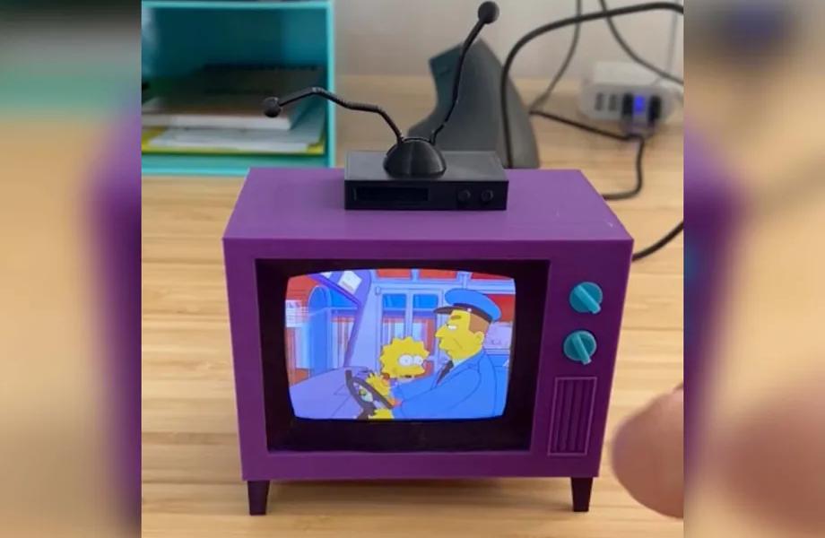 Ce petit téléviseur vous permet de regarder les Simpson