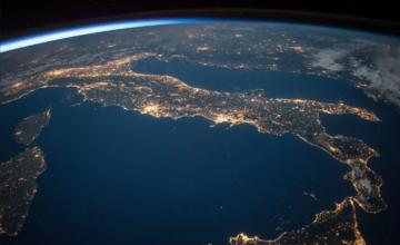 La nouvelle startup de Steve Wozniak surveillera et nettoiera les déchets spatiaux